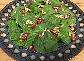 Spinach Salad with Pomegranate Vinaigrette