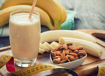 Banana-Almond-Protein-Smoothie_360x260