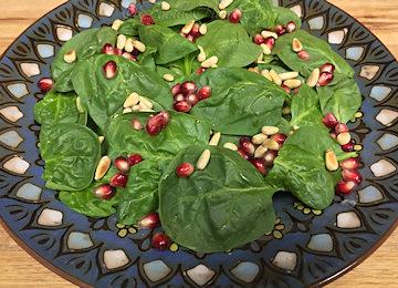 Spinach-Salad-Pomegranate-Vinaigrette_360x260