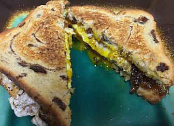 BreakfastSandwich_360x260