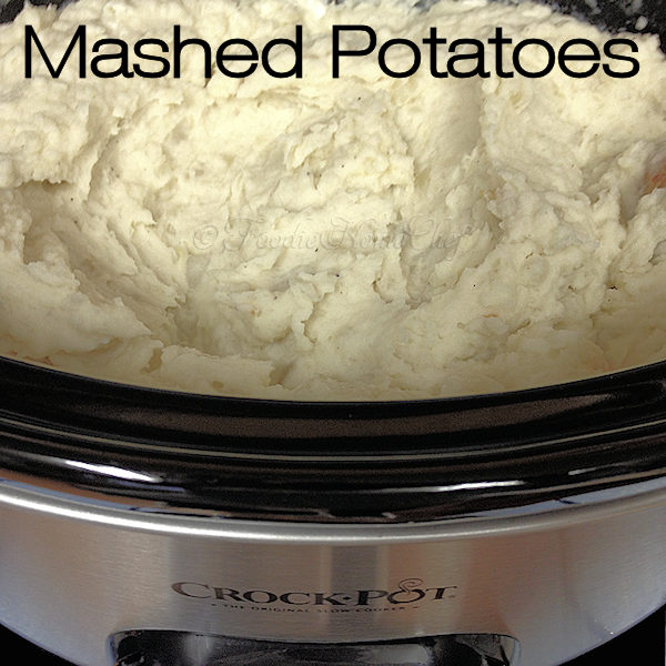 Crock-Pot Mashed Potatoes from Foodie Home Chef are the easiest, tastiest way to cook Mashed Potatoes. During the holidays, with this cooking method, this is a real space saving recipe & will feed a crowd! | Foodie Home Chef @FoodieHomeChef --------- #MashedPotatoes #PotatoRecipes #CrockPotRecipes #CrockPotMashedPotatoes #CrockPotPotatoes #SideDishRecipes #ThanksgivingRecipes #ChristmasRecipes #FoodieHomeChef